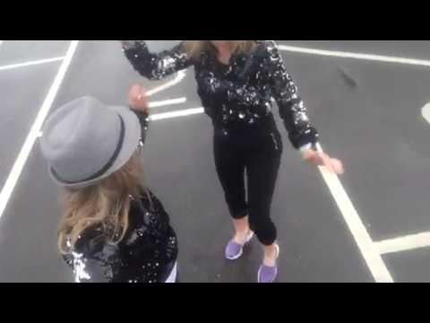 Mel & Kim's Carpool (Landpool) Karaoke for CLIC Sargent - Singing In The Rain🚙🎤🎶☔️