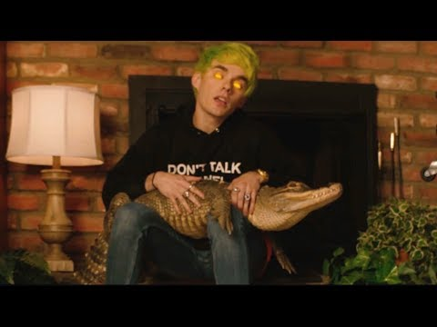 Смотреть клип Waterparks - Watch What Happens Next