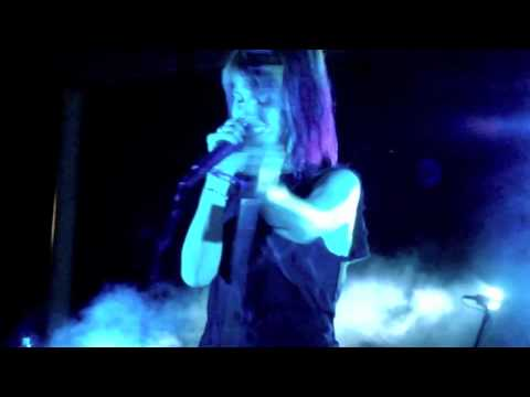 Paramore - The Only Exception (Live @ Aloha Tower Waterfront Hawaii)