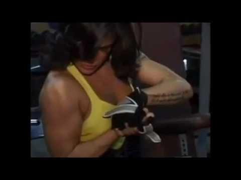 Arab Female Bodybuilder - Farah Malhass