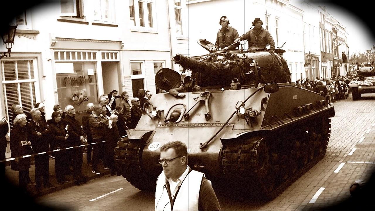 Defilé ter ere van 75 jaar bevrijding van Bergen op Zoom