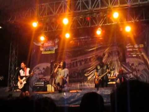 Revara - Get Up At Jakcloth 2014