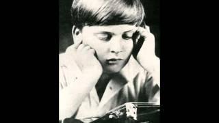 """Art of Violin"": Yehudi Menuhin in Moscow, Russia, November 16,1945. Live. wmv"