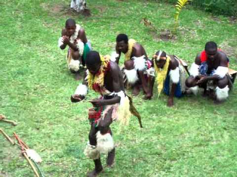 Zulu Dancers Christmas Day 2010.MOV