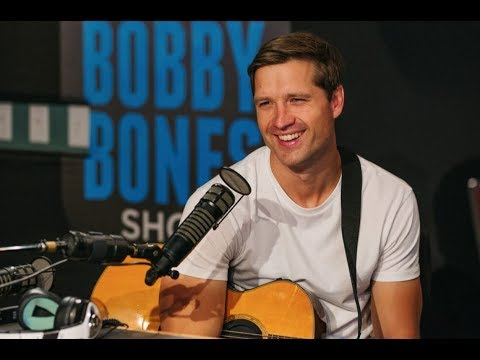 Amy Explains #PimpinJoy and Walker Hayes Performs
