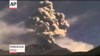 Raw: Erupting Volcanoes in Guatemala and Peru