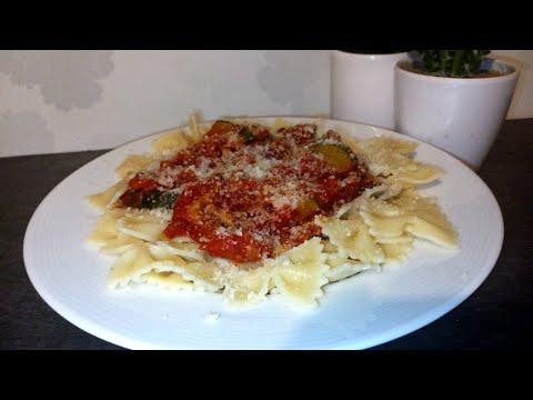 😋-recette-de-pâtes-à-la-sauce-tomate-🍅-aubergines-et-courgettes