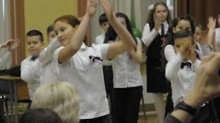 """Танец """"Мы маленькие дети"""" из """"Приключений Электроника"""". Выпускной в начальной школе"""
