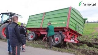 Grząskie żniwa w Wielkopolsce - o krok od wywrócenia przyczepy | FARMER.PL