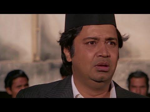 Deven Verma Buys & Sells his own Product in Auction   Aadmi Sadak Ka - Comedy Scene
