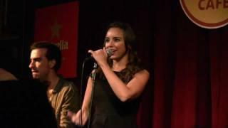 ABSURDA CENICIENTA - Chenoa (20/12/11 Hard Rock Café Bcn) [HD]