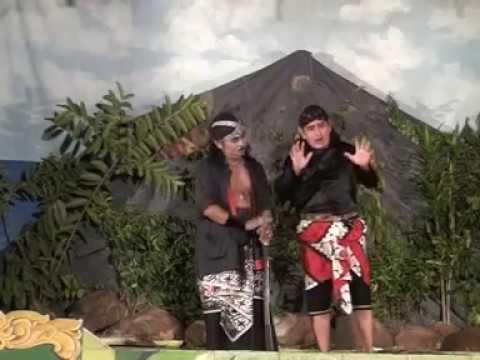 "WAHYU BUDOYO  NGGLONGGONG ""lakon Mahesa Jenar Haryo saloko"" 2017"