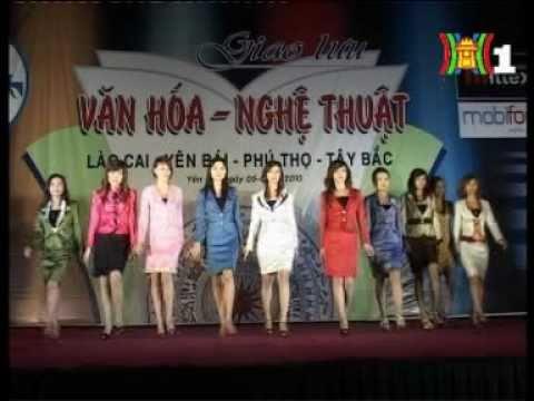 Trình diễn thời trang bộ sưu tập sắc mầu công sở của mittex fashion