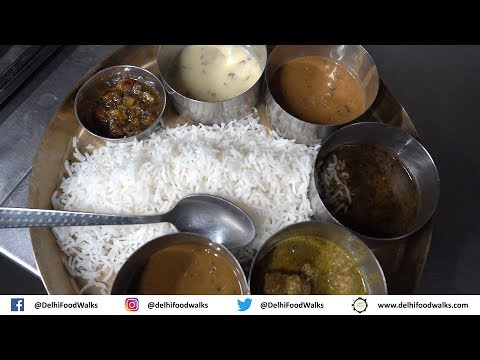 Shimla Food Walk - Part 1/3 I AMAZING Mandyali Dham (Himachali Thali) + SOFTEST Parati Kulcha