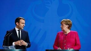 Fransa'nın yeni Cumhurbaşkanı Macron Almanya'da