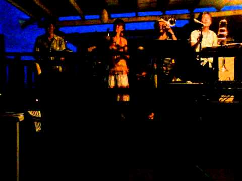 Amigos A La Moda ハナミズキ(Salsa cover) 海の家ライヴ