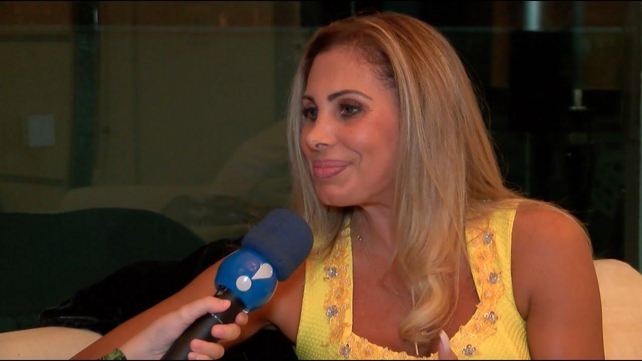 Angela Bismarchi Ângela bismarchi, que também perdeu irmã durante em reality