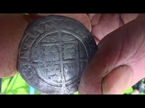 Metal Detecting UK (678) XP Deus - 1569 Hammered Silver Sixpence