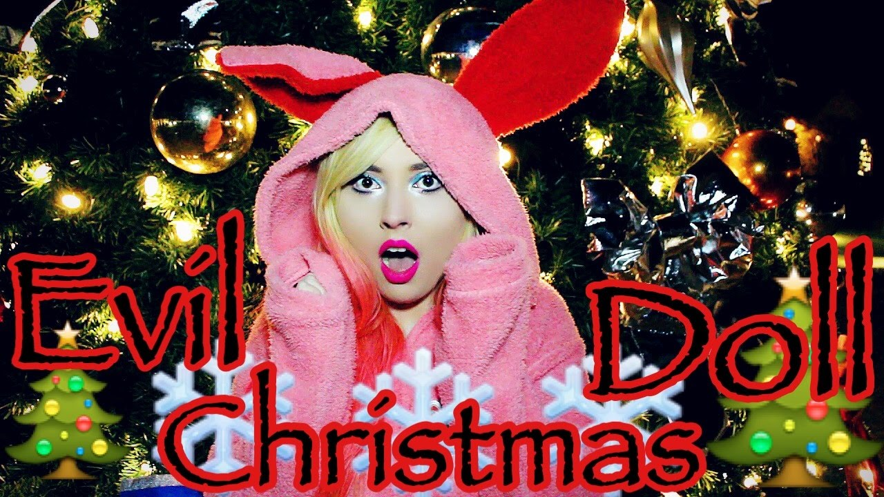 Evil Christmas.Evil Christmas Doll