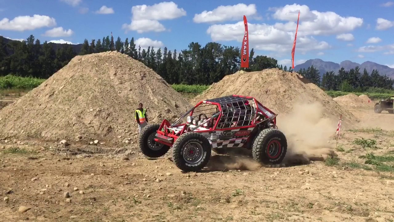 Subaru 2 5 powered buggy rips at 4x4 challenge