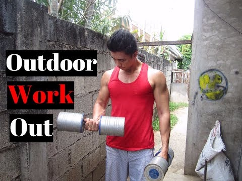 Outdoor Workout + Feeding my Spiders| Concrete Weights