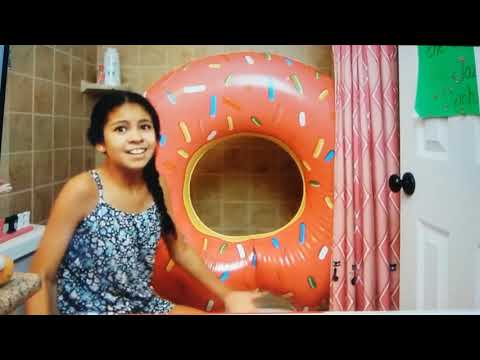 Jazzy And The Donut Portal