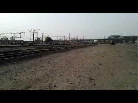2953 AugustKranti Rajdhani Express at 120KMPH action at Ballabgarh