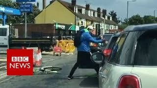 Slough road fight  Cyclist and driver filmed brawling   BBC News