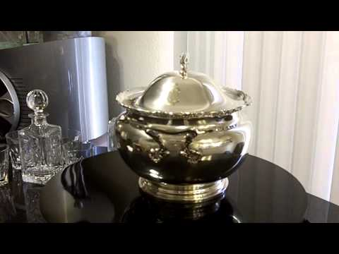 REED & BARTON extra LARGE soup tureen