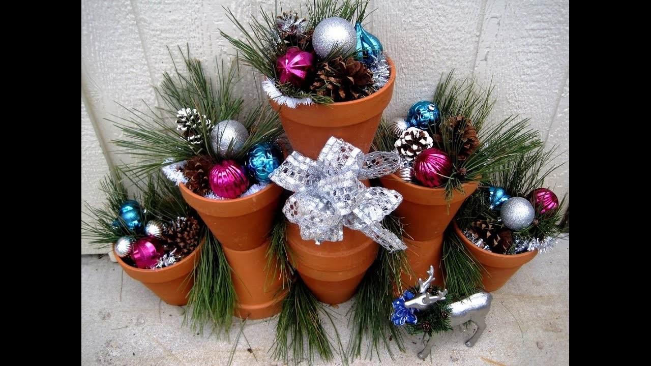 outdoor christmas decorations using terra cotta pots featuring miriam joy