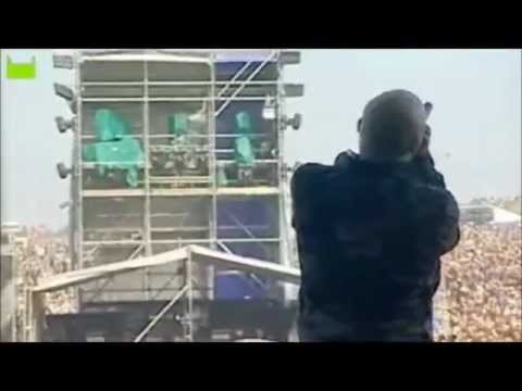 Killswitch Engage - Daylight dies live (at Download Festival 2007)