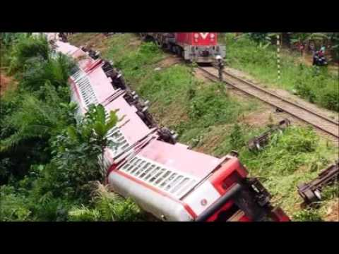 Cameroon train derails; at least 55 dead, hundreds injured leftright 3/3leftright