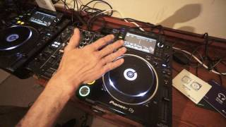 BEGINNER DJ MIXING LESSON VOCALS OVER VOCALS IS A BIG NO NO cdpool june 2017