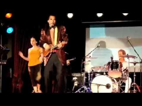 Ukulele Ray LIVE in Las Vegas #2: American Pinup Girl