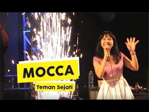 HD Mocca  Teman Sejati  at Malioboro Night Festival