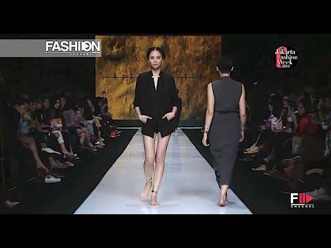 CLEO ROSALYNCITTA Jakarta Fashion Week 2014 - Fashion Channel