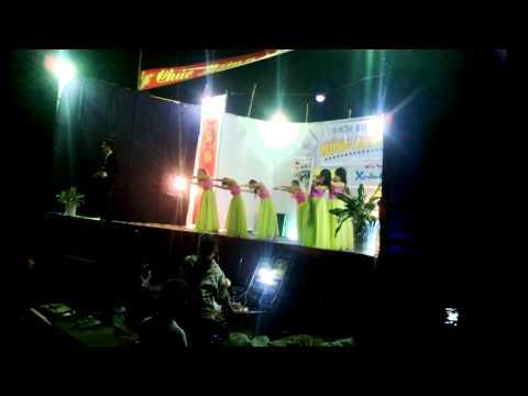 Đảng là cuộc sống của tôi - Quốc Khánh và nhóm múa 10A6 11A1 THPT Đức Hòa 2013-2014 (25AL)