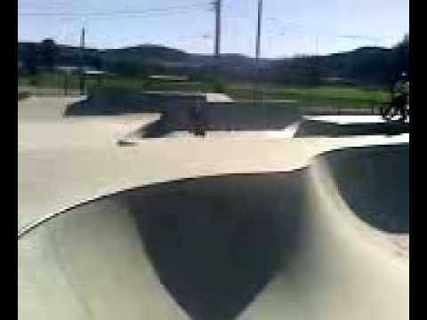 Fast Plant Frontflip Lithgow Skatepark Jesse