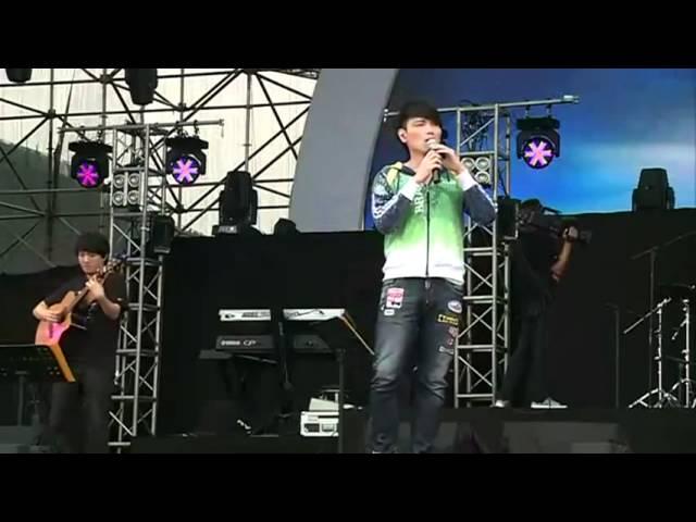 20120621 成都大愛音樂節楊宗緯2_底細