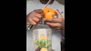 How To Make A Breakfast Smoothie - Kale Banana Mixed Berries Lsa Filtered Water @mrrichonline