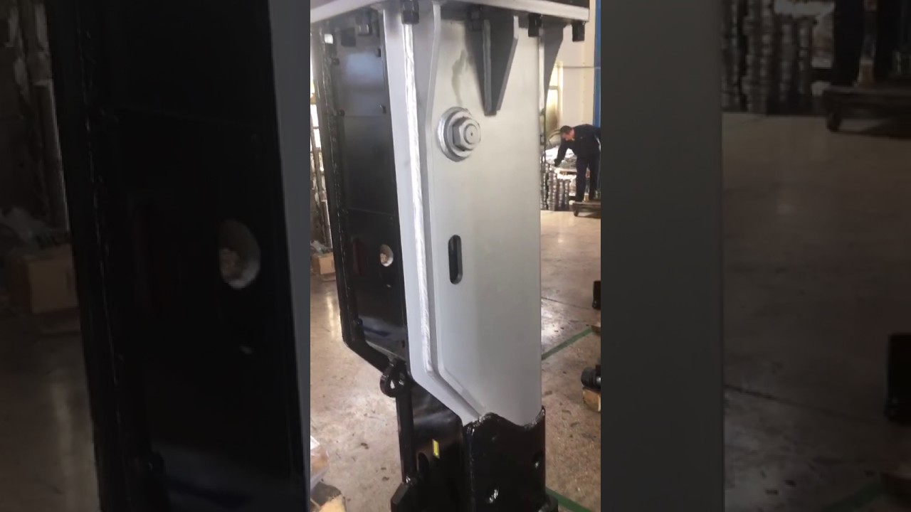 soosan sb81 box type hydraulic breaker - YouTube