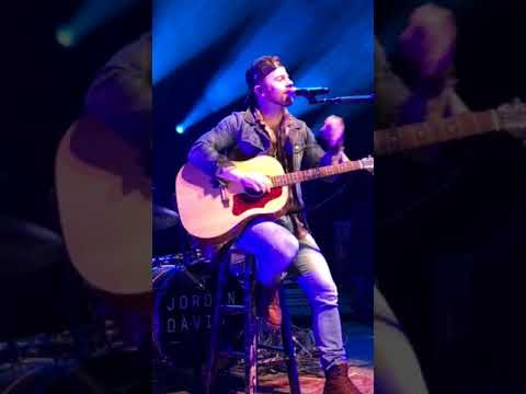 Kip Moore - Mama, I'm Coming Home, Ozzy cover - Acoustic