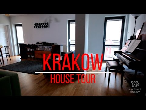 House Tours: Finding Music in an Krakow Apartment