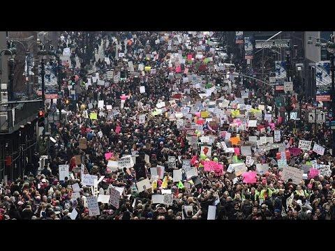 'Женский марш на