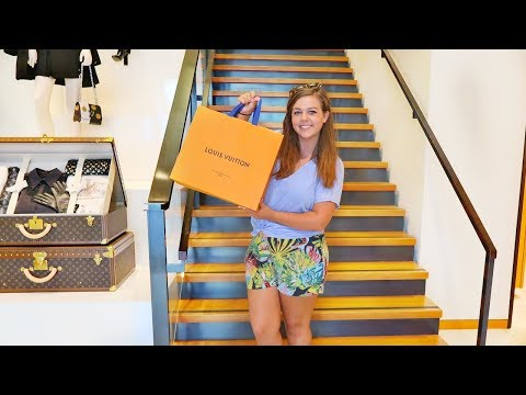 SHOPPING AT LOUIS VUITTON HAWAII! Speedy Bandouliere 30 Unboxing! || HONEYMOON IN HAWAII