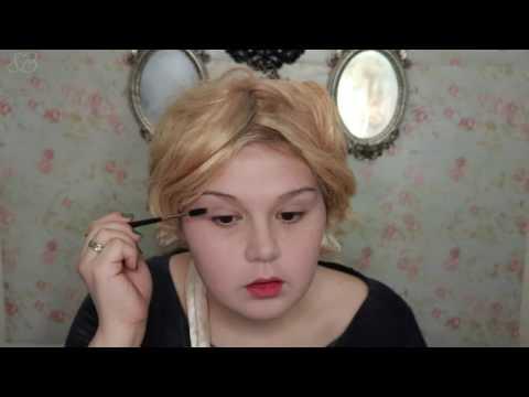 A Victorian Vanity Story: The Original No-Makeup Makeup Routine