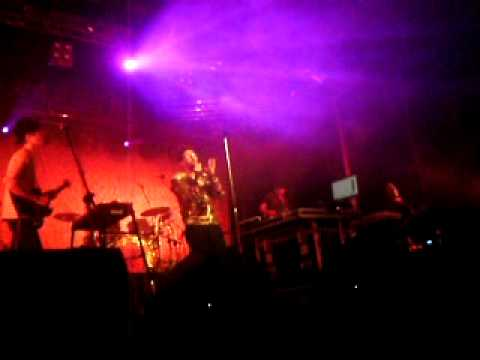 Jamie Lidell - She Needs Me (live In Warsaw)
