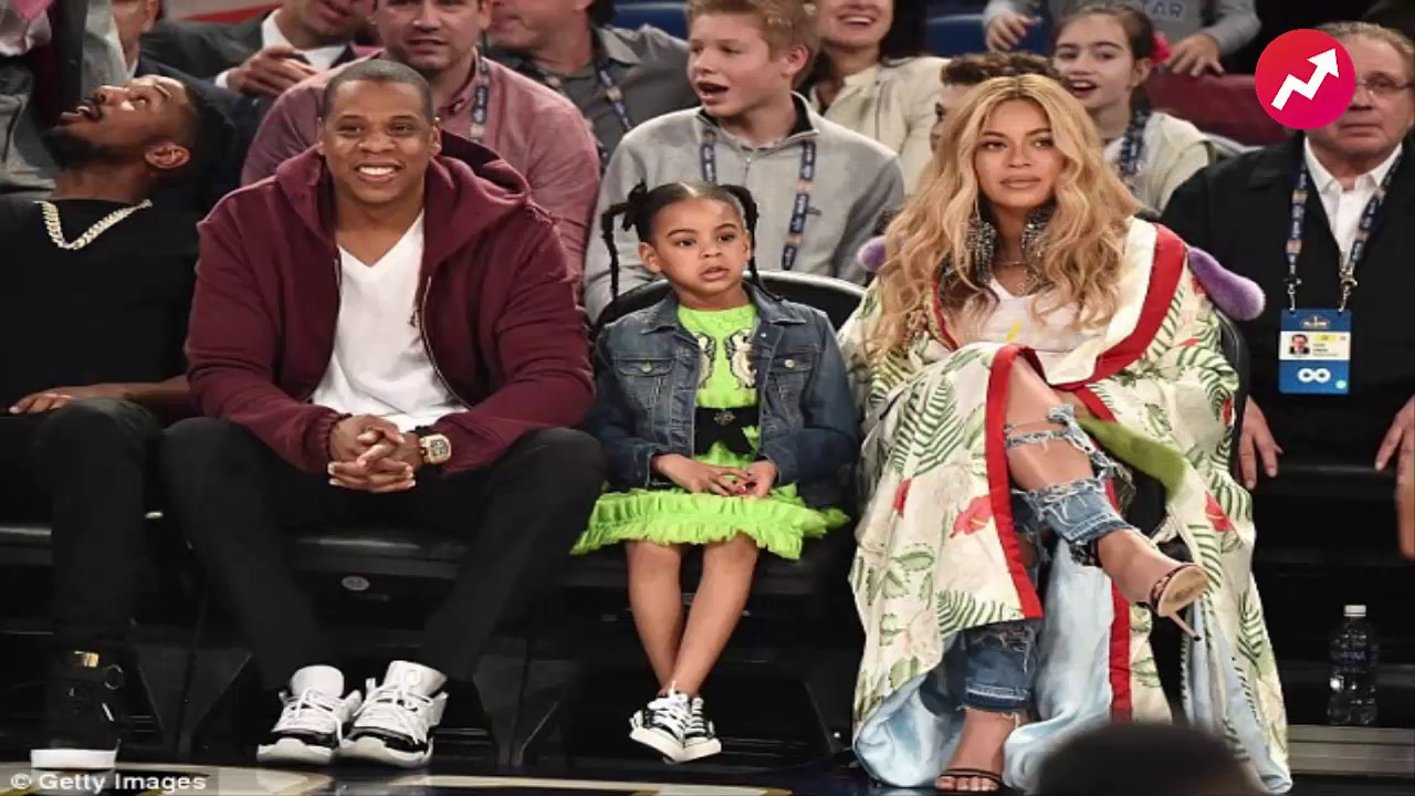 a07b82c2f33856 Pregnant Beyonce sits courtside at NBA All Star Game with Jay-Z and Blue Ivy