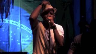 Farai & The Forest Dawn  - Can You Help Me - Live at Floripa
