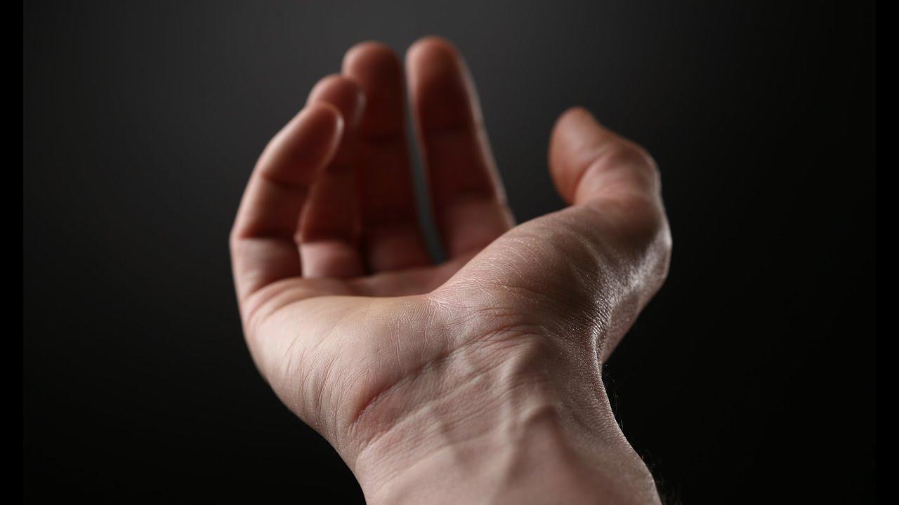 articulațiile rănesc degetul mic al mâinii stângi)